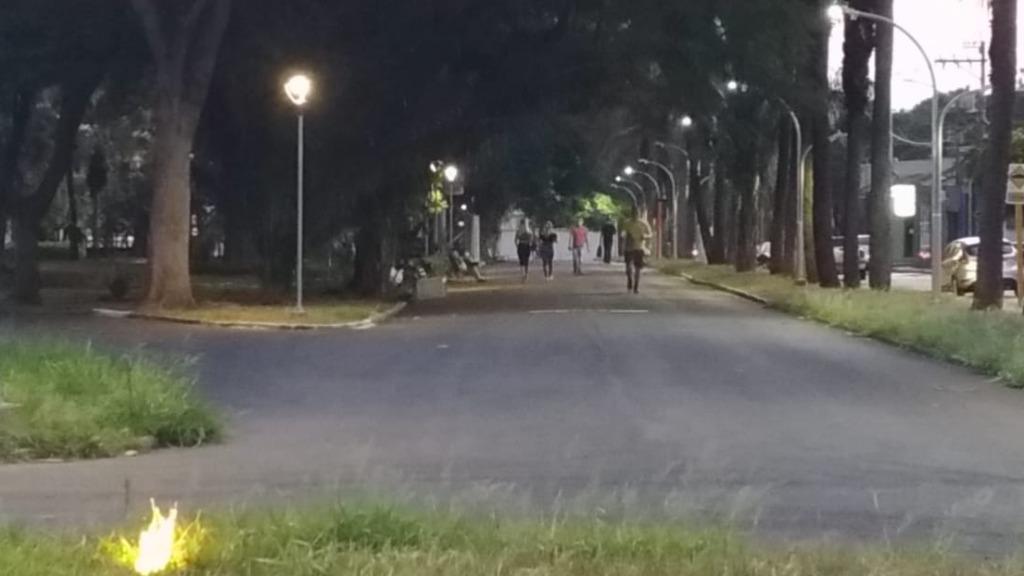 Prefeitura descumpre decisão que obriga reabertura de parques