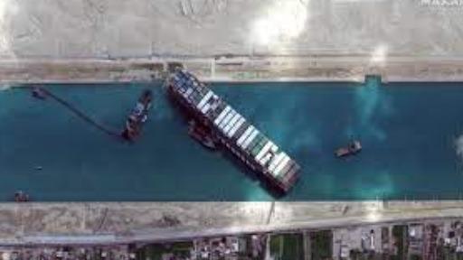 Acordo após navio encalhar no Canal de Suez chega a 500 milhões de dólares