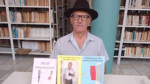 De dentista a escritor... Cavalheiro Verardo Neto se dedicou à paixão pela literatura