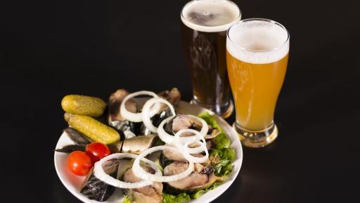 Colunista dá dicas de harmonização de cerveja com peixe