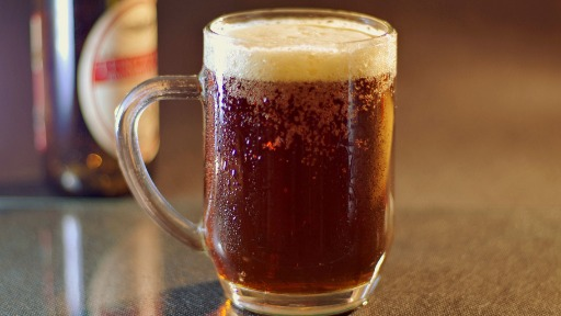 Conheça as melhores opções de cervejas para o inverno