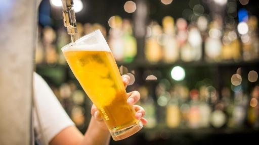 Sommelier celebra o aquecimento do mercado cervejeiro com a flexibilização do comércio