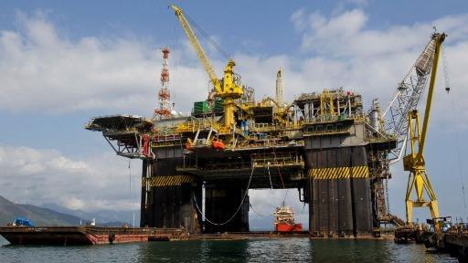 Por que o preço do petróleo aumentou no mercado internacional?