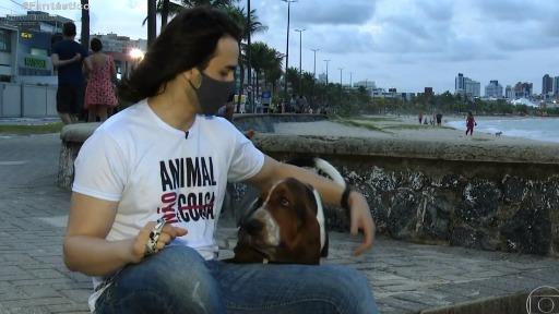 Tutor entra com ação em nome de seu pet para conseguir que o cãozinho circule pelas áreas comuns do prédio