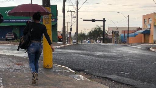 Chuva chega em Araraquara (Foto: Milton Filho/CBN) - Foto: ACidade ON - Araraquara