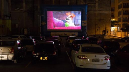 Cinema itinerante, filmes de suspense e muito mais para seu final de semana