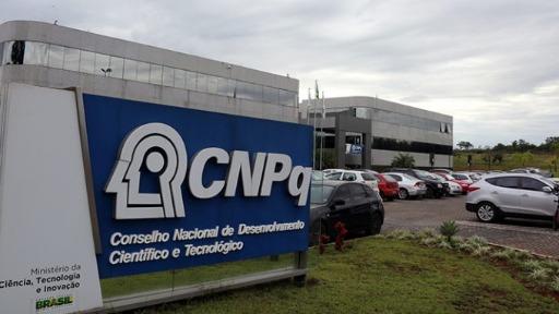 A crise no CNPq: site fora do ar pode prejudicar diversas pesquisas