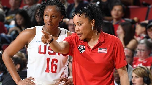 Confira a trajetória de Dawn Staley, uma das maiores técnicas do basquete feminino