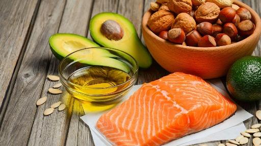 Nutricionista fala sobre as diferenças entre gorduras saturadas e insaturadas