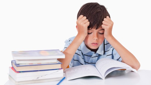 Pediatra explica como identificar os distúrbios de aprendizagem nas crianças