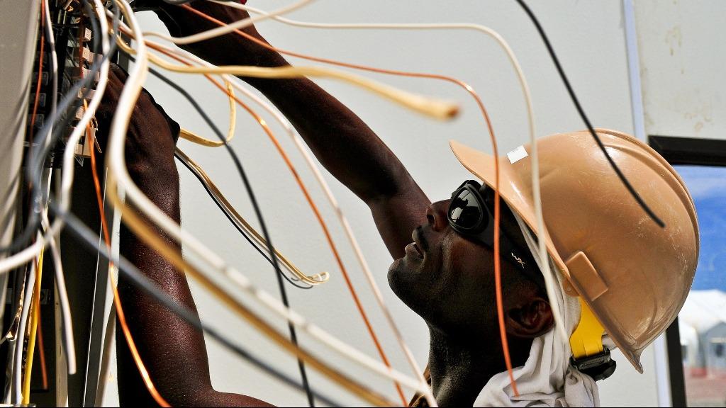 Raízen abre inscrições para cursos gratuitos de eletricista