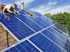 Projeto de geração de energia solar nas escolas de São Carlos será colocado em prática para promover economia e sustentabilidade