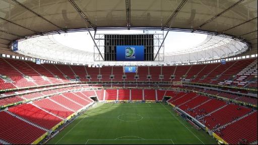 CBF e 19 clubes da Série A se opõem ao retorno do público ao estádio; Flamengo insiste