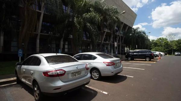 Futuro da frota de veículos da Câmara de Ribeirão segue indefinido