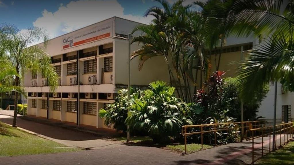 Escola de Verão do ICMC da USP São Carlos busca incentivar a presença de meninas e mulheres na área de exatas