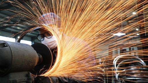 A estagnação no crescimento industrial no Brasil