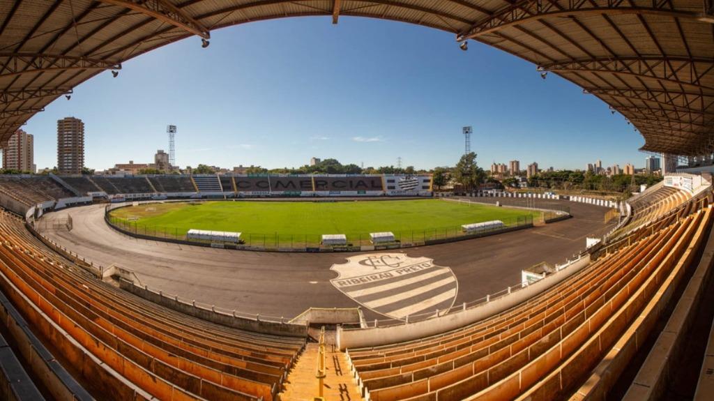 Comercial pretende fazer jogo-treino no fim de semana contra o Rio Branco