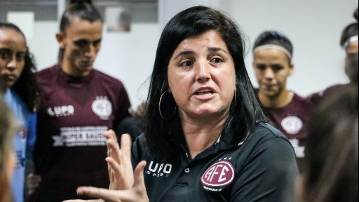 Guerreiras vencem lanterna de virada no Brasileiro