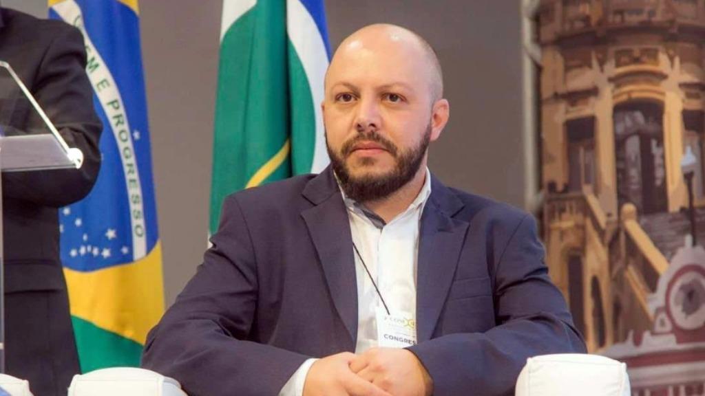São Carlos estuda medidas mais restritivas