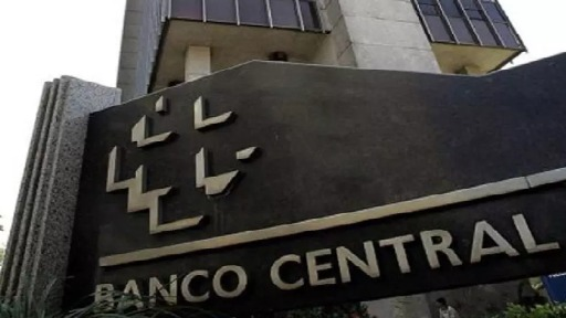 Banco Central eleva a Taxa Selic de 4,25% para 5,25% ao ano