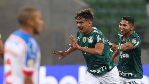Após vitória sobre o Bahia, Palmeiras sobe para a terceira posição do Brasileirão