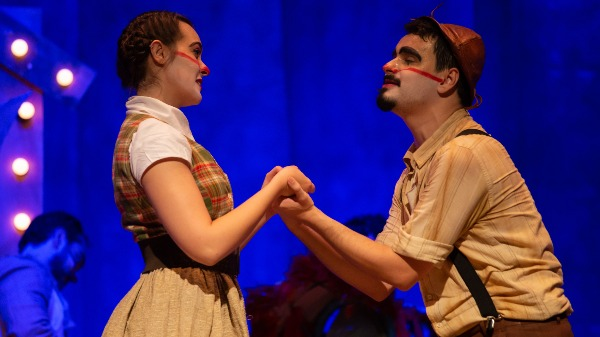 Teatro Minaz apresenta peça de teatro gratuita baseada em obra de Ariano Suassuna