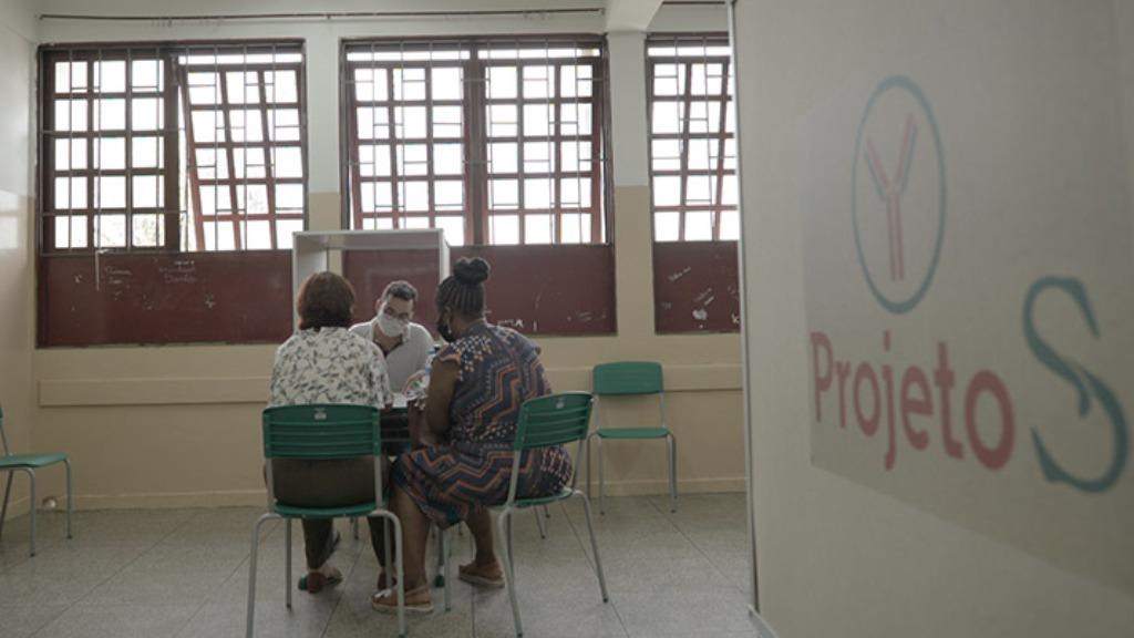 Butantan realiza, neste final de semana, a coletagem de sangue da população imunizada de Serrana
