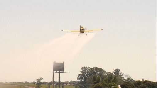 O Ministério Público Federal quer o fim da pulverização aérea de agrotóxicos