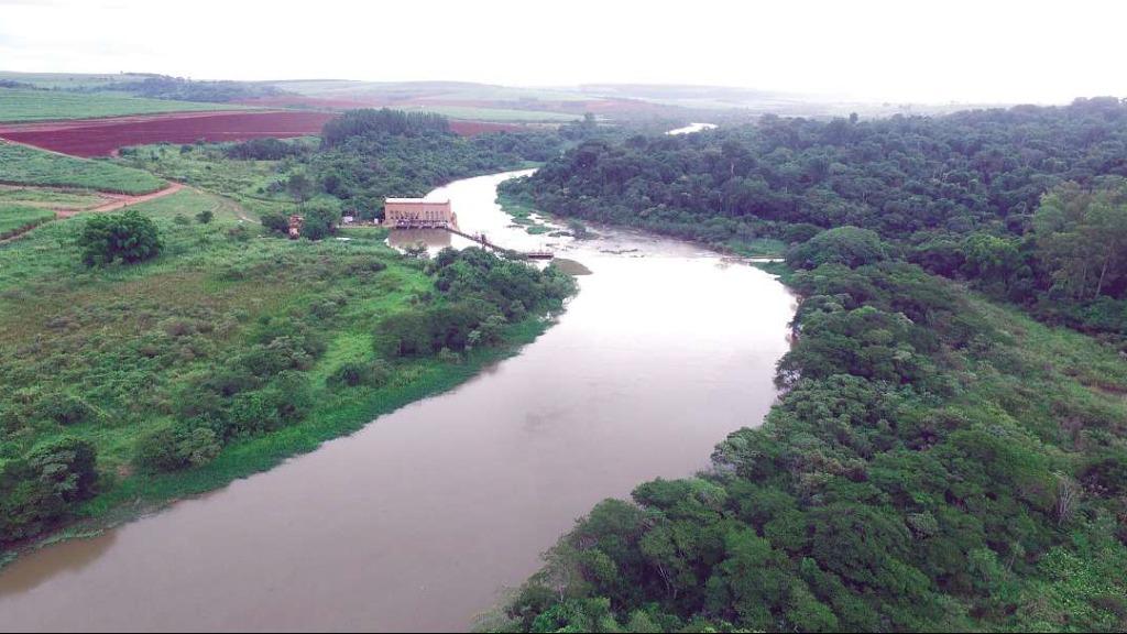 """""""Rio Pardo está se transformando em um verdadeiro esgoto"""", afirma especialista sobre a falta de zelo com o afluente"""