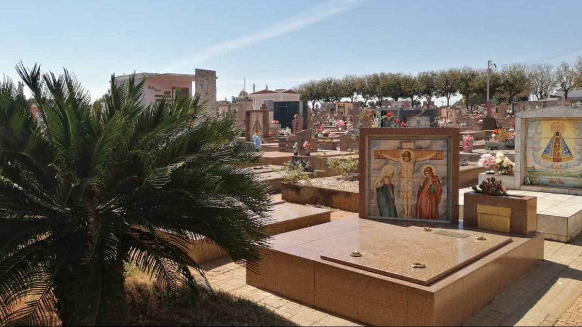 Esta é a última semana para realizar a limpeza nos cemitérios