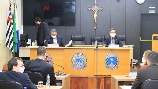Vereadores de Araraquara querem criar Frente Parlamentar Cristã