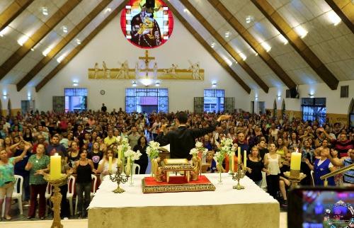 Paróquia de São Carlos realiza evento de preparação de pentecostes com arrecadação de donativos