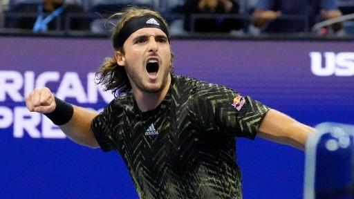 Stefanos Tsitsipas esbanja qualidade e acumula polêmicas nas quadras de tênis