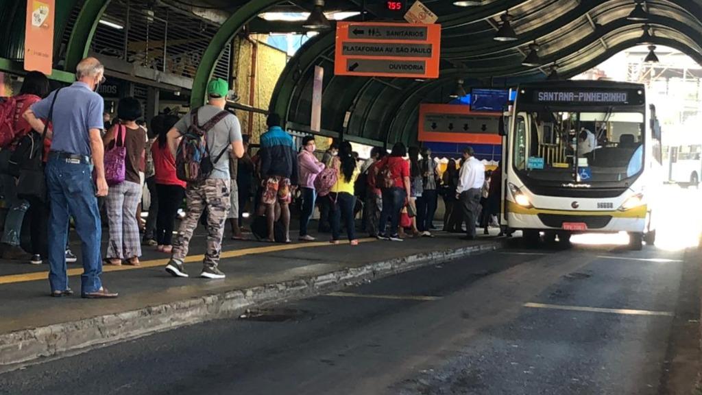 Transporte coletivo volta a funcionar após cinco dias paralisado - Foto: Milton Filho/CBN Araraquara - Foto: CBN Araraquara