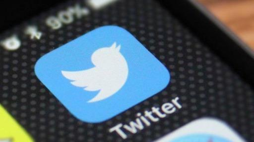 Colunistas comentam tuítes ofensivos à imprensa e vacinação de adolescentes