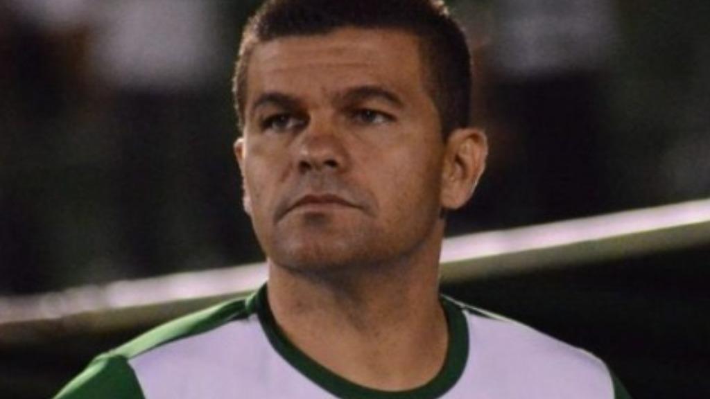 Conheça Umberto Louzer, técnico da Chapecoense que conquistou acesso para elite do Brasileiro
