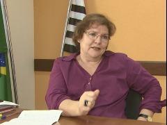 Após visitas em escolas, vereador faz críticas à secretária de Educação, Wanda Hoffmann